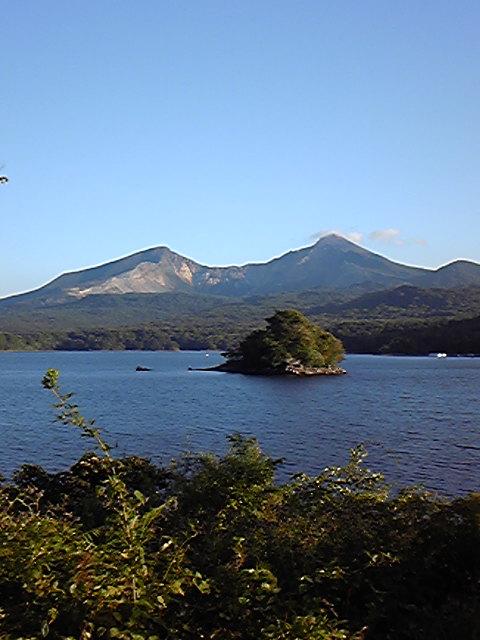 今磐梯桧原湖にいます。