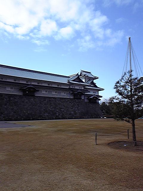 今日は金沢へ行きました。